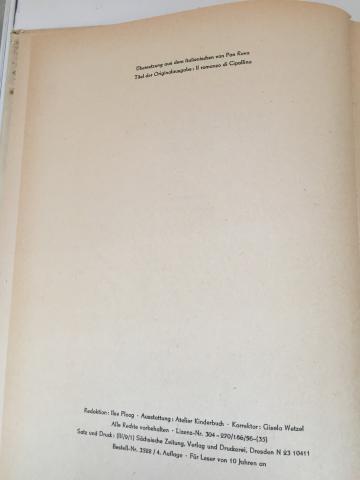 Colophon - Gianni Rodari, Zwiebelchen. Ein Roman, illustrazioni di Raul Verdini, Der Kinderbuchverlag, Berlin, 1956, tradotto dall'italiano da Pan Rova.